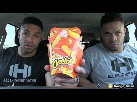 Eating Burger King's Mac N' Cheetos | Food Review | @hodgetwins