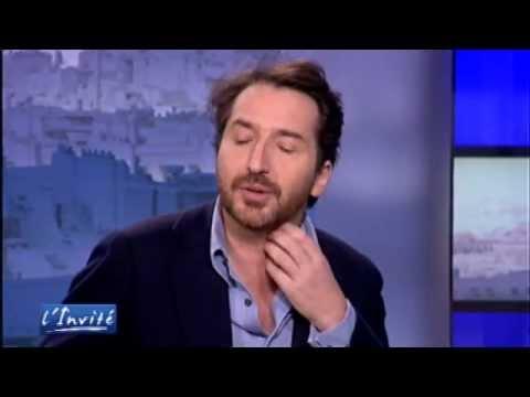 """Edouard BAER :""""J'ai fait un film de bras-cassés"""""""