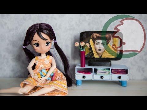Как сделать телевизор и тумбу под телевизор для куклы. How to make TV for dolls.