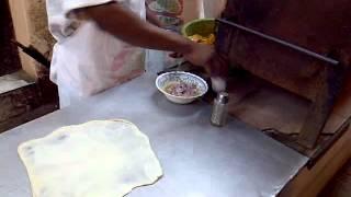Video Making egg chapati at Azad barbecue - Kibokoni, Mombasa download MP3, 3GP, MP4, WEBM, AVI, FLV November 2017
