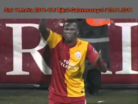 Lanzamiento de objetos a Eboué (Besiktas JK - Galatasaray SK)