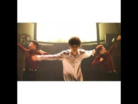 Super Junior Yesung - Mamacita