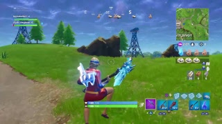 Fortnite battle royale: Trying to get a get away win with cuz