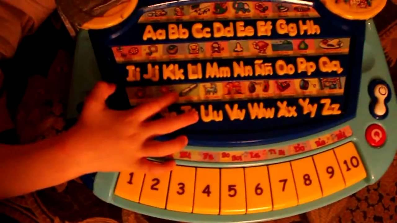 garrett 5 years old blind playing smart learning board