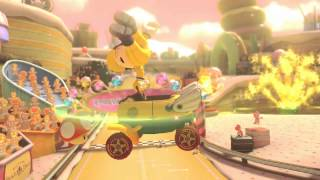 STUPID LOOKING MII FAILS IN MARIO KART 8!