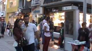 Serkan Zeynep MARAL İzmit Fethiye caddesinde evlenme teklifi