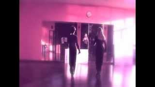 Balli di gruppo 2012 - Tina e Valeria - NON VIVO PIU