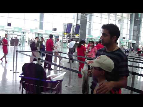 INDIAN CRICKET TEAM  @ BANGALORE AIRPORT
