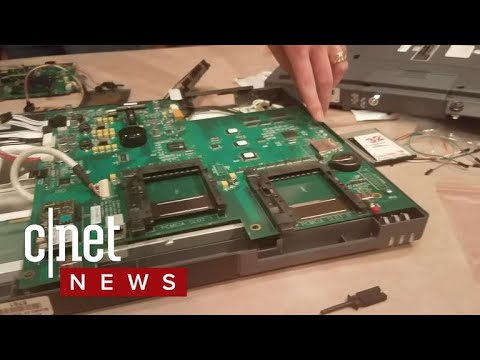 Hackers target 30 voting machines at Defcon (CNET News)
