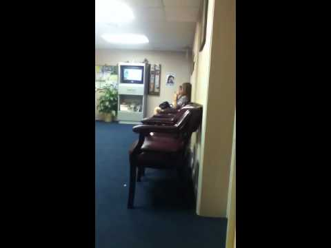 Taylor Swift At The Doctors Office
