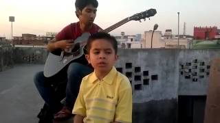 Small kid singing a song hum tere bin ab reh nahi sakte