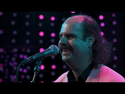 Donny Benét - Love Online (Live On KEXP)