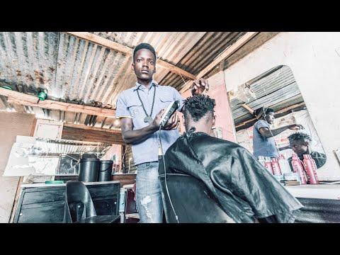 Nomad Barber - Jose Reginaldo the street barber of Soweto (South Africa)