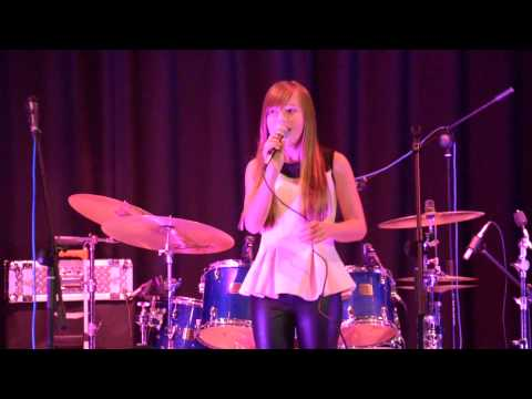 Connie Talbot - Over the Rainbow - Live