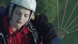 Mauvais Sang (Bad Blood/The Night is Young) Parachute Scene