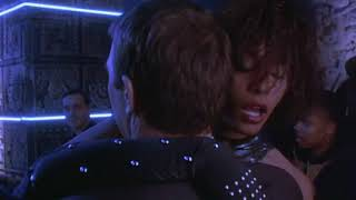 «Телохранитель» - инцидент в ночном клубе  Лос-Анджелеса