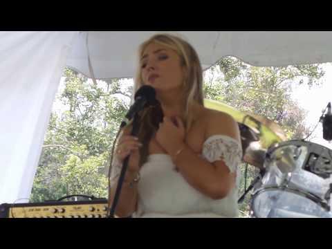 Chloë Agnew - 2. Galway Bay - Live @ Irish Fair and Music Festival 6/11/17