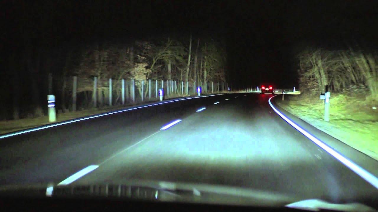LED-Scheinwerfer mit Fernlichtassistent - YouTube