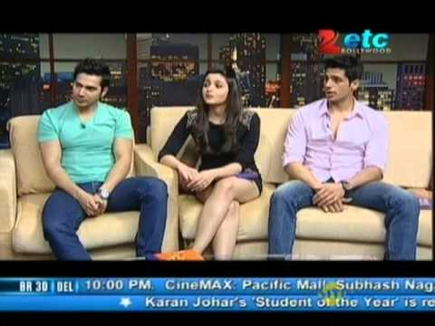 Alia Bhatt, Varun Dhawan & Sidharth Malhotra With Komal Nahta