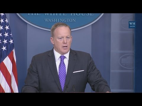 4/27/17: White House Press Briefing