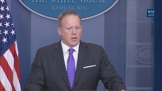 4/27/17: White House Press Briefing