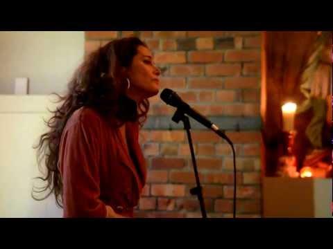 Caitlin Smith - Bathe In The River