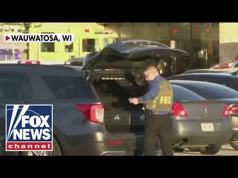 Manhunt underway for Wisconsin mall shooter