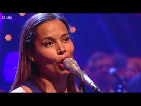 RHIANNON GIDDENS - UP ABOVE MY HEAD