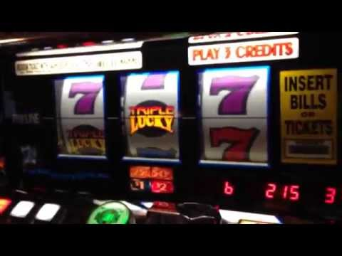 IGT S2000 Triple Lucky 7's slot machine with Quack Shot Sound SIMM