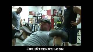 بالفيديو.. تمرين هام لزيادة حجم عضلات الصدر وقوتها