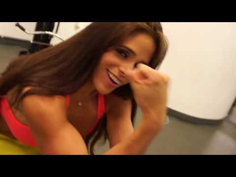 MICHELLE LEWIN Workout: Biceps workout