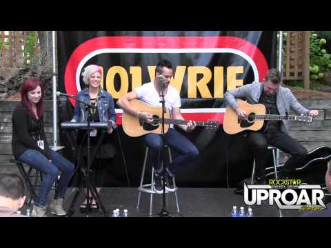 skillet-acoustic-performance-at-the-uproar-kickoff-party