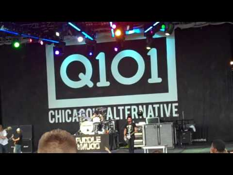 Puddle Of Mudd - Live at Q101 -