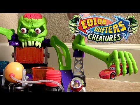 Dr. Bones Color Lab Playset Color Shifters Cars Hot Wheels Track Review Pixar Color Changers Cars