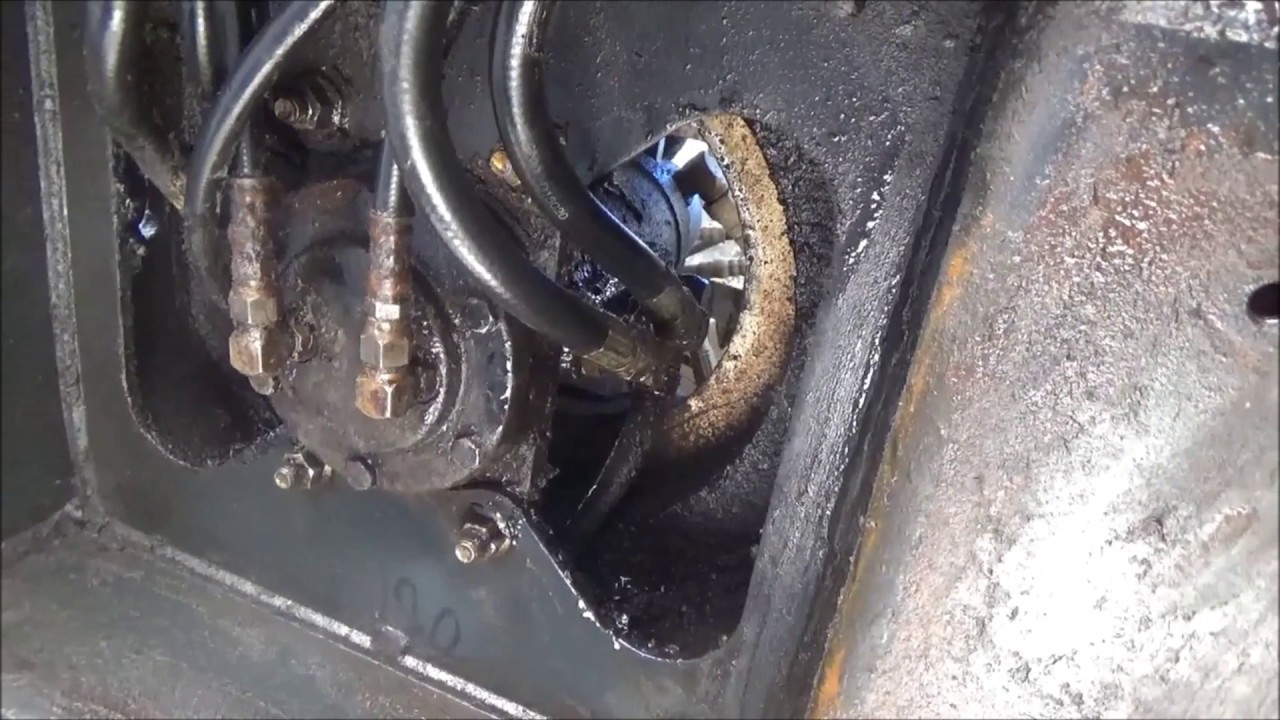 small resolution of bobcat 331 excavator finding and repairing a major hydraulic leak on the swing motor