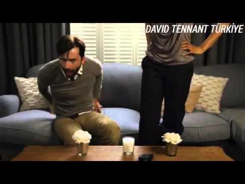 96 Ways To Say I Love You- David'ın mikrafonu çıkratma sahnesi