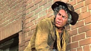 red eyes [in Cat Ballou (1965) with Lee Marvin]