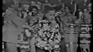 Nostalgia Cubana - Moraima Secada y Pello el Afrokan - Yenyere Cumba