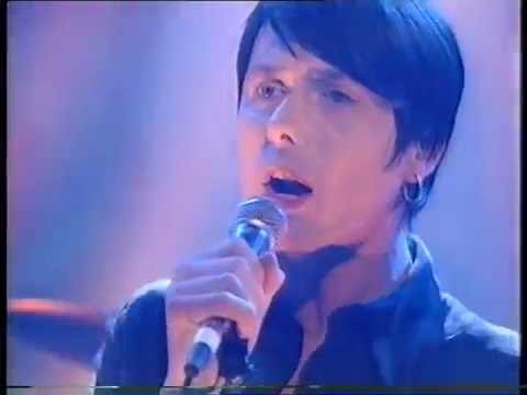 Suede  Beautiful Ones  Top Of The Pops  Friday 25 October 1996