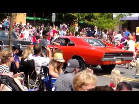 The General Lee car leaving downtown Northville, MI at conclusion of 4th of July Parade