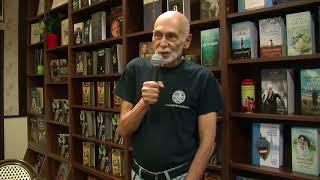 Леонид Юзефович в кафе книжного магазина «Polaris».