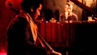 Roy Dahan - Does Any One Know -רועי דהן
