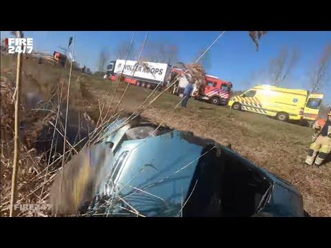PRIO 1 - AUTO TE WATER / ONGEVAL MET BEKNELLING - BRANDWEER - UITRUK - SPOED