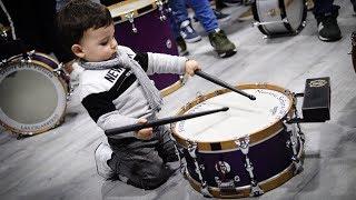 Costalero del Soberano con Hugo y su tambor   Ensayo de Las ...