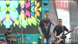 D.O.T - JANGAN JANGAN Live at The90sFestival
