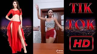 Tik Tok Kızlarından Milletin Ağzında Olduk Reklam Roman Havası Tik Tok Challenge