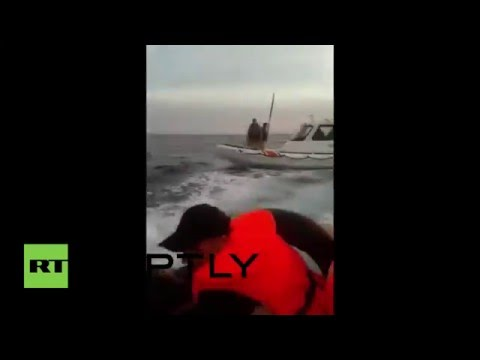 Turkey: Turkish coast guards attack refugees boat with sticks