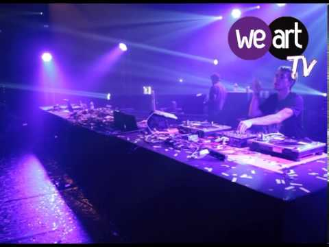 Wankelmut - One day (live) @ Festival WeAre Together! - 31/10/12