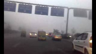 Severe Winter Fog in Delhi, India 1