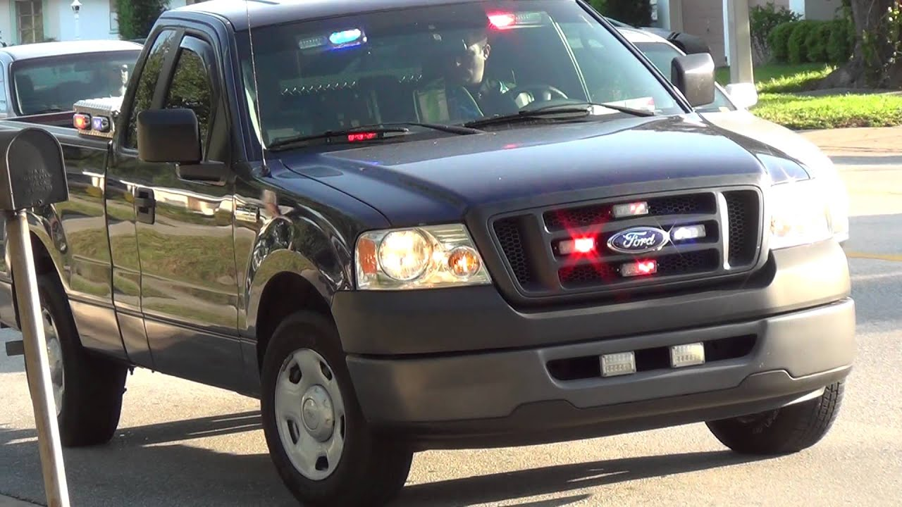 LARGO POLICE UNMARKED PICKUP TRUCK RED AND BLUE LED LIGHTS ALL